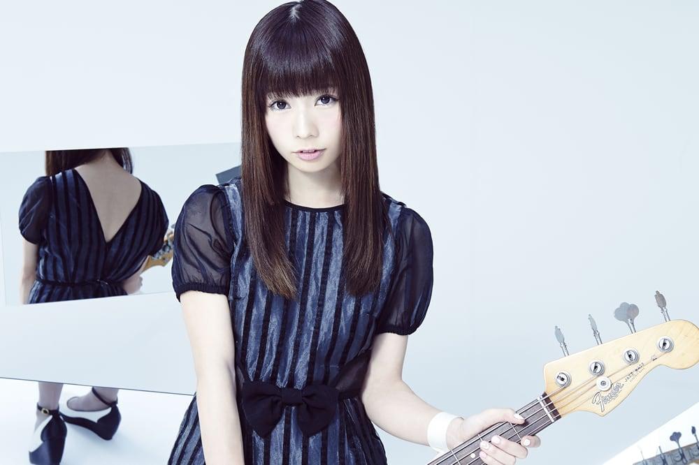 Silent Sirenあいにゃん - 山内あいな(Ba.)