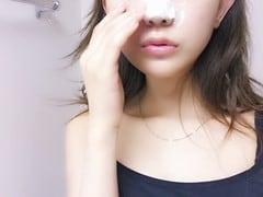 炭酸泡が導く、つるぴか美肌への道 –菅野結以